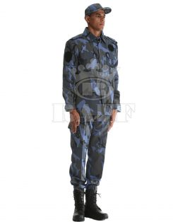 Military Clothing / 1027