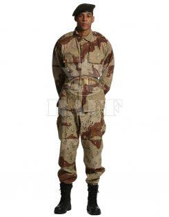 ملابس الجندي  /  1022